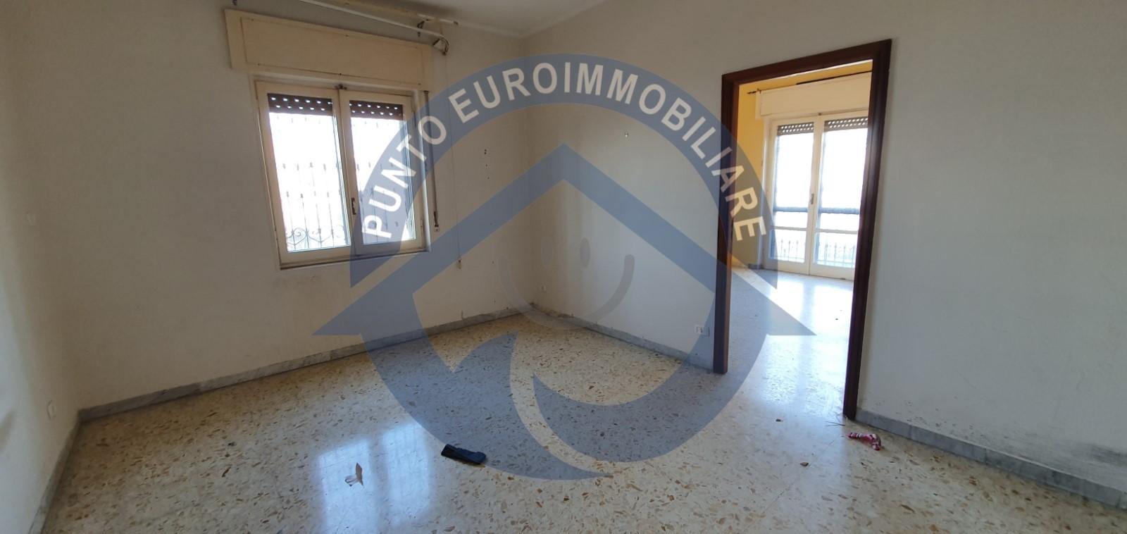 appartamento torre del greco fronte mare